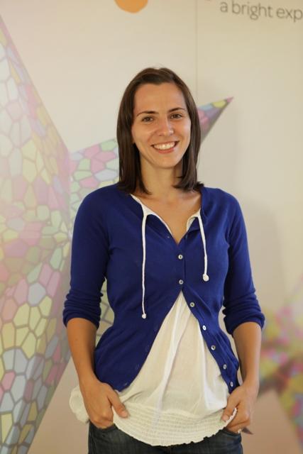 Oana Cristea, experience designer pastel