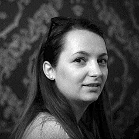 Alina Buzatu