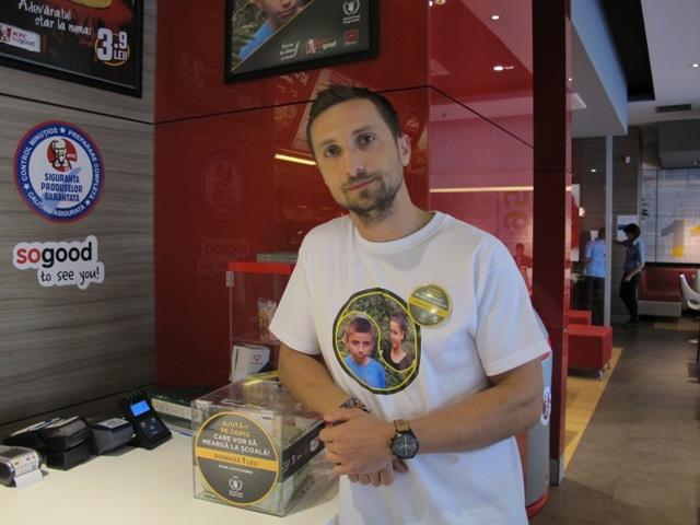 Dani Otil_Angajat KFC pentru o zi