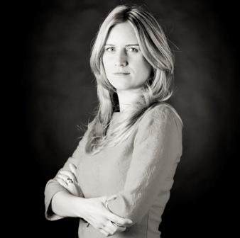 Alecsandra Ionita - Smart Experience