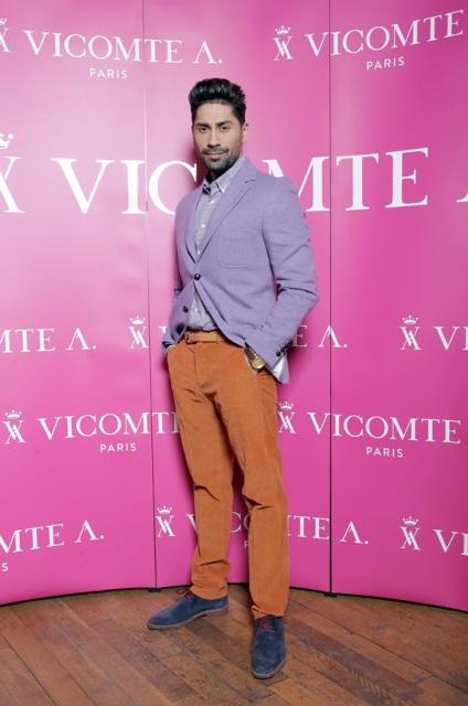 Connect-R, outfit Vicomte A. - Source: GolinHarris Bucharest