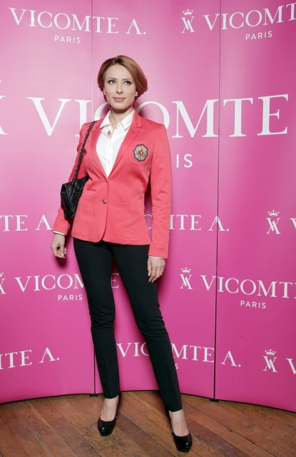 Iulia Vantur, outfit Vicomte A. - Source: GolinHarris Bucharest