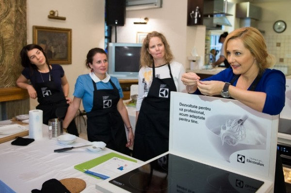 Cooking CEO, by Electrolux si Golin (1)