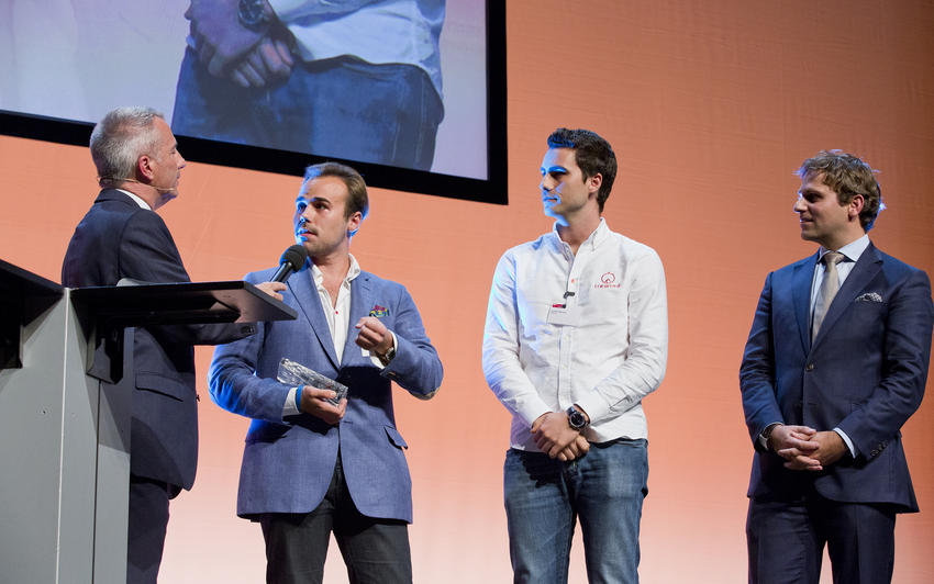 Inmanarea premiului Swiss ICT