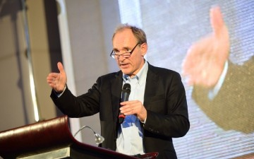 Tim Berners-Lee in Bucharest, 25 Anno Internet: It all started from a dream