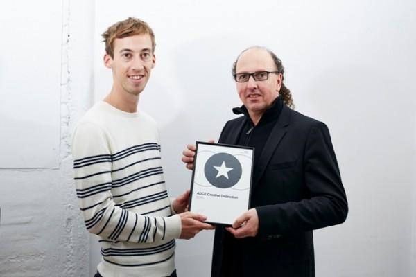 Claus Fischer presents Jean Jullien with ADCE Creative Distinction. Photo by Duncan Nicholls