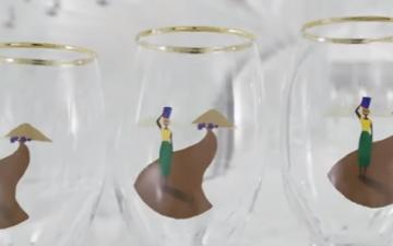 Matt Damon and unique glass installation, used byStella Artois to promote Water.Org