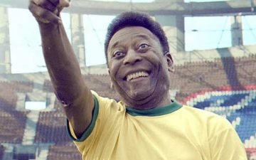Piranha Bar brings stadium to life for football legend Pelé and Snickers