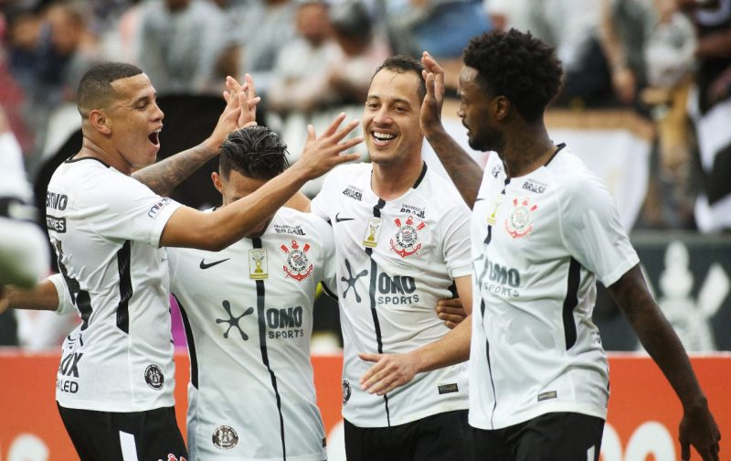 Omo Sports sponsors the Corinthians jersey in a F biz action that