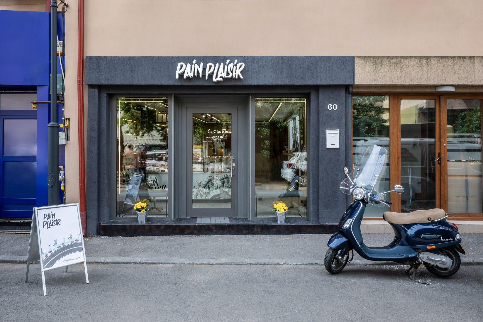 WOPA and Pain Plaisir create a collage between bread and city
